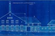 Kjeksfabrikken og flere andre bygninger i Fabrikkgaten ble tegnet av arkitekt Ingolf Danielsen (1876-1961). Bygningssjefen i Bergen (A-0430 Ha).