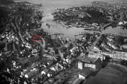 Solheimsviken 8.oktober 1948. Michael Krohns villa i rød ramme. Foto: Widerøes Flyveselskap ved Vilhelm Skappel, Universitetsbiblioteket i Bergen.
