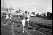 Norrønas nasjonale stevne 1. juni 1955. Fotograf ukjent. Arkivet etter Bergens Arbeiderblad.