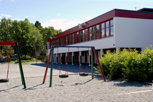 Hordvik skole, Midtre Prestavegen 18 i Åsane. Fotograf: Ragnhild Øverland Arnesen. Seksjon informasjon, Bergen kommune.