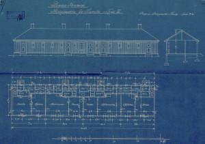 På Wilhelmineborg ble det reist tretti boligbrakker for husløse etter bybrannen i 1916. Tegningen viser fasade, snitt og grunnplan av en type brakker. Arkivet etter Byarkitekten, Bergen Byarkiv.