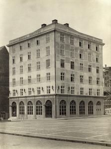 Hotel Bristol fotografert like etter åpningen i 1926. Fotograf: Ukjent. Arkivet etter Hotell Rosenkrantz, Bergen Byarkiv.