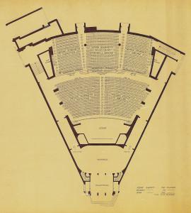 Plassfordelings tegning for Forum Kino, med til sammen 1.152 plasser. Ole Landmarks tegning. Arkivet etter arkitekt Ole Landmark, Bergen Byarkiv.