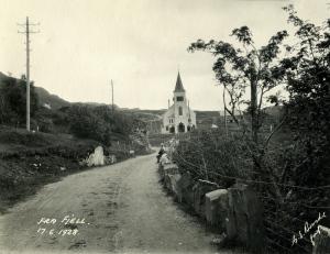 Fra Fjell. Foto datert 17.6.1928. Fotograf: G. E. Bonde. Arkivet etter Reguleringsvesenet, Bergen Byarkiv.