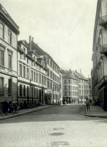Daniel Hansens gate er oppkalt etter branddirekør Daniel Hansen (1817-1901). Fotograf: Ukjent. Arkivet etter Reguleringsvesenet, Bergen Byarkiv.
