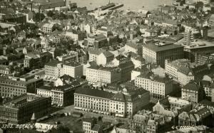 Bergen sentrum. Udatert foto. Fotograf: Knud Knudsen Arkivet etter Reguleringsvesenet, Bergen Byarkiv.