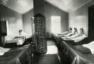 Avdeling ved Dr. Martens' sykehus i Møllendalsveien. Fotograf: Ukjent. Arkivet etter Møllendal Sykehus, Bergen Byarkiv.