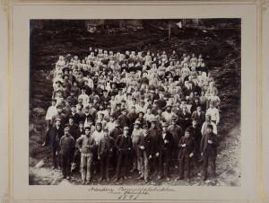 Arbeidere ved Bomuldsfabrikken, Arne Fabrikker, 1891. Arkivet etter Arne Fabrikker A/S, Bergen Byarkiv.