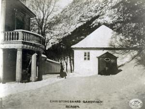 Christinegård. Gammelt postkort fra tidlig 1900-tall. Fotograf: Ukjent. Arkivet etter arkitekt Einar Oscar Schou, Bergen Byarkiv.