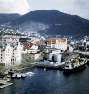 Møhlenpris fotografert på 1950-tallet.<br />Fotograf: Waldemar Jørgensen. Fotosamlingen etter rektor Waldemar Jørgensen, Bergen Byarkiv.