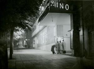 Ole Bulls Kino startet opp i 1937, og ble drevet frem til nedleggingen i 1981. Fotograf: Ukjent. Arkivet etter Kom.avd. fritid, kultur og kirke, Bergen Byarkiv.