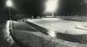 Fana Stadion. Udatert foto. Fotograf: Ukjent. Arkivet etter Kom.avd. fritid, kultur og kirke, Bergen Byarkiv.