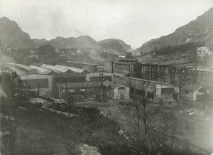 Blikkvalseverket fotografert fra nordøst i 1927.