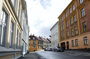 Harald Hårfagres gate er oppkalt etter kong Harald Hårfagre. Fotograf: Ingfrid Bækken, Bergen Byarkiv, 2013.
