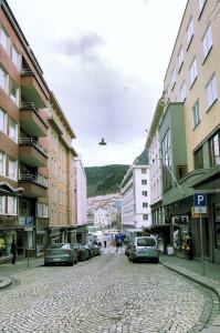 Fortunen mot Strandgaten og Vågen. Fotograf: Ingfrid Bækken, Bergen Byarkiv, 2013.