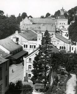 Hansa Bryggeri i Kalfarveien rundt 1920. Fotograf: Ukjent. Arkivet etter Hansa Bryggerier, Lokalhistorisk Arkiv i Bergen.