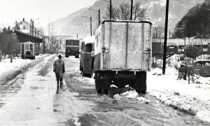 Kanalveien fotografert en vinterdag på 1970-tallet. Fotograf: Ukjent.  Arkivet etter Morgenavisen A/S, Bergen Byarkiv.