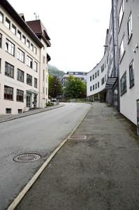 Gatenavnet Møllendalsbakken ble vedtatt i 1917. Fotograf: Knut Skeie Aksdal, Bergen Byarkiv. 2013.