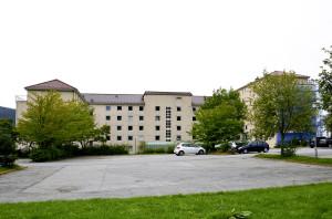 Alrek studentboliger, Årstadveien 25, ble tegnet av arkitekt Olav Sande. Boligene ble tatt i bruk i 1958. Fotograf: Knut Skeie Aksdal, Bergen Byarkiv, 2013.
