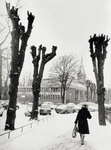 Haakon Sheteligs plass. Udatert foto. Fotograf: Ukjent. Arkivet etter Morgenavisen AS, Bergen Byarkiv.