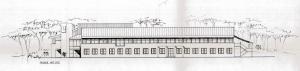 Tegning av skolens fasade mot sør. Inngangspartiet ligger der de to fløyene møtes. Arkivet etter Bygningssjefen, Bergen Byarkiv
