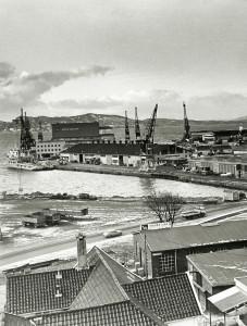 Dokkeskjærskaien på 1970-tallet. Fotograf: Ukjent. Arkivet etter Morgenavisen A/S, Bergen Byarkiv.