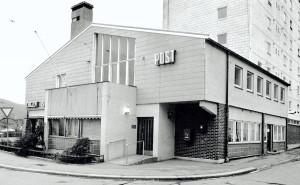 Det tidligere, nå nedlagte, Landås postkontor fotografert på 1980-tallet.Fotograf: Ukjent. Arkivet etter Morgenavisen A/S