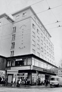 Neptun Hotel, tidligere Hotell Neptun, rundt 1980. Fotograf: Ukjent. Arkivet etter Morgenavisen A/S, Bergen Byarkiv.
