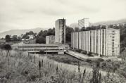 Fantoft studentby er Studentsamskipnadens største anlegg med 1312 boenheter. Fotograf: Ukjent. Arkivet etter Morgenavisen A/S, Bergen Byarkiv