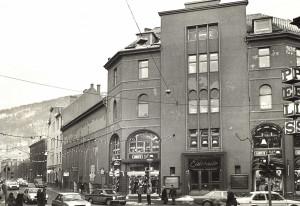 Eldorado Kino, som var en av Bergens eldste, la ned i 1981. Foto fra januar 1982. Fotograf: Ukjent. Arkivet etter Morgenavisen A/S, Bergen Byarkiv.