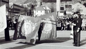Markens Bataljon på Festplassen. Udatert foto. Fotograf: Ukjent. Arkivet etter Morgenavisen A/S, Bergen Byarkiv.