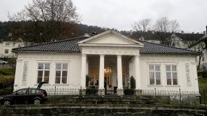 Urdi, nå Urdihuset, Michael Krohns gate 62, fotografert november 2011. Urdihuset er et av de beste eksempler på herskapelig senempire i Norge. Fotograf: Åsta Vadset, Bergen Byarkiv, 2011.