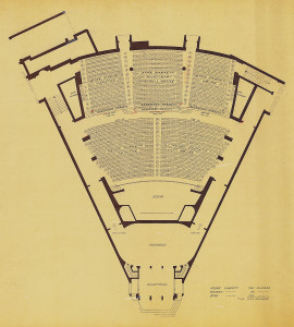 Plassfordelingstegning med til sammen 1152 plasser. Ole Landmarks tegning. Arkivet etter arkitekt Ole Landmark, Bergen Byarkiv.