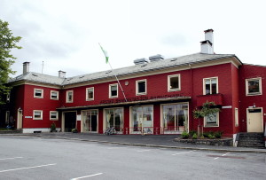 Årstad brannstasjon åpnet 18. februar 1943. Brannstasjonen ble nedlagt i 2007, og året etter åpnet Årstad Brannstasjon barnehage i den nedlagte brannstasjonen.<br />Fotograf: Katarina Lunde. Seksjon informasjon, Bergen Kommune.