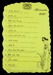 Meny i anledning Vietnamesiske dager på restaurant Villa Amorini. Arkivet etter Morgenavisen A/S, Bergen Byarkiv.