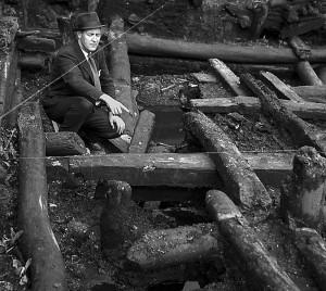 Byens alder er kun et bevilgningsspørsmål, ble det spøkefullt sagt ettersom utgravningene på Bryggen avdekket stadig eldre lag. Men dypere enn til 1070 nådde man aldri. Konservator Asbjørn