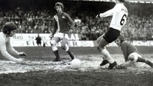Brann mot Sogndal, 2-1, Cupfinalen 1976. Fotograf: Ukjent Arkivet etter Morgenavisen A/S, Bergen Byarkiv.