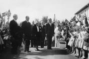 Fra H.K.H. Kronprins Olavs besøk 25. mai 1957. Fotograf ukjent.