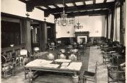 Knag lagde de fleste møblene til Grand Hotel Terminus som åpnet i 1928. Fotograf Hareide, 1928. Fra arkivet etter Knag, Christopher og Alf (BBA A-1790)