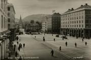 Torgallmenningen rundt 1930. Foto: Knud Knudsen. Arkivet etter Reguleringsvesenet (A-0967).