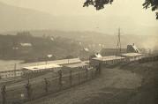 Boligbrakker på Solheim kirkegård under bygging i oktober 1916. Ukjent fotograf. Arkivet etter Vann og kloakkvesenet (A-1673).