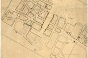 Den nye reguleringen lagt oppå det gamle gatenettet. Planen ryddet først og fremt opp i det tette og nærmest kaotiske strøket mellom Torgallmenningen og Murallmenningen. (A-0967, tilvekst u.nr., mappe merket C5 ).