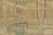Utsnitt av utkast til reguleringsplan datert 22. september 1916. Utkastet viser de kryssende aksene Torgallmenningen - Engen - Lille Lungegårdsvann og den delvise lukningen av Torgalmenningen og området ved teateret ved hjelp av søyleoverbygg og arkader. Arkivet etter Reguleringsvesenet. (A-0967, tilvekst u.nr., mappe merket C5 ).